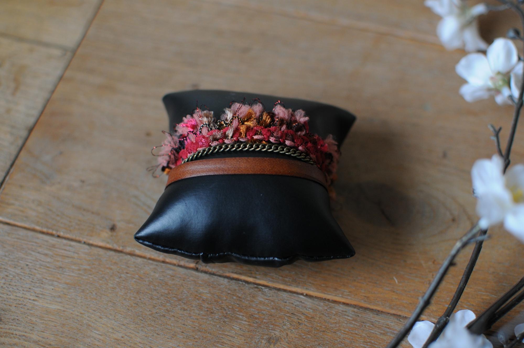 bracelet cuir chaine laiton laine