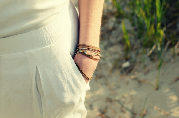 bracelet cuir laiton turquoise perle