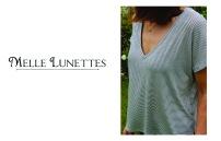 Melle Lunettes, elle aussi, adepte du collier Apoi ! http://melle-lunettes.blogspot.fr/2014/07/perfect-t-shirt.html